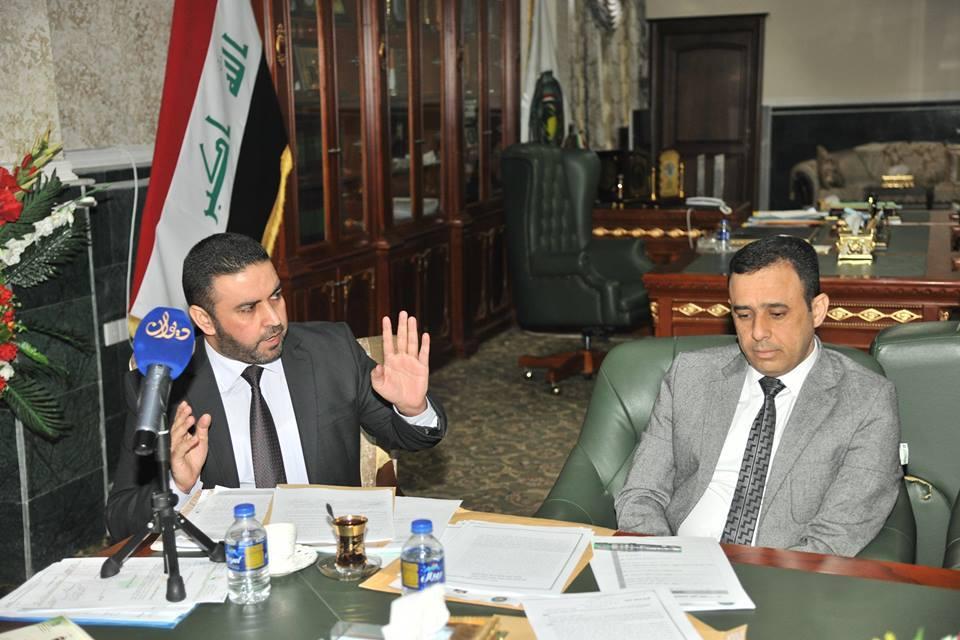 الدكتور الهميم يترأس الاجتماع الاول لهيئة الرأي لعام ٢٠١٧ ويتم التصويت على تحويل المكتبات العامة الى مكتبات رقمية
