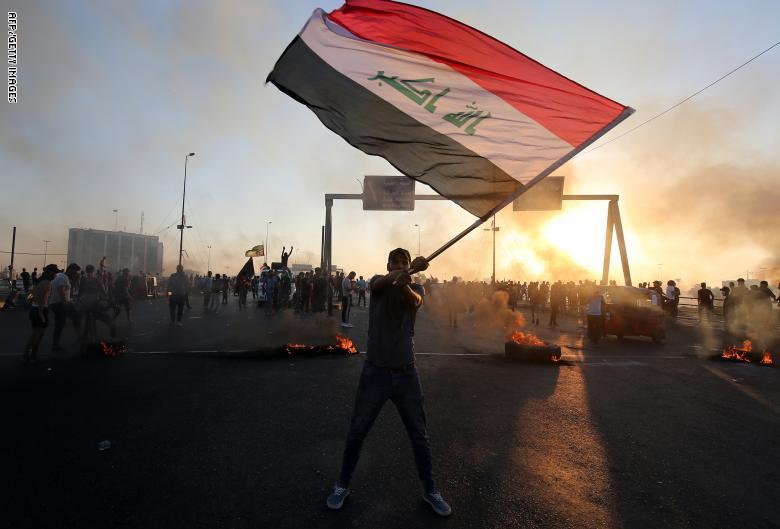 الى قادة التظاهرات ….هل انتم احرار وضد قوات الاحتلال…..اثبتوا لنا ذلك